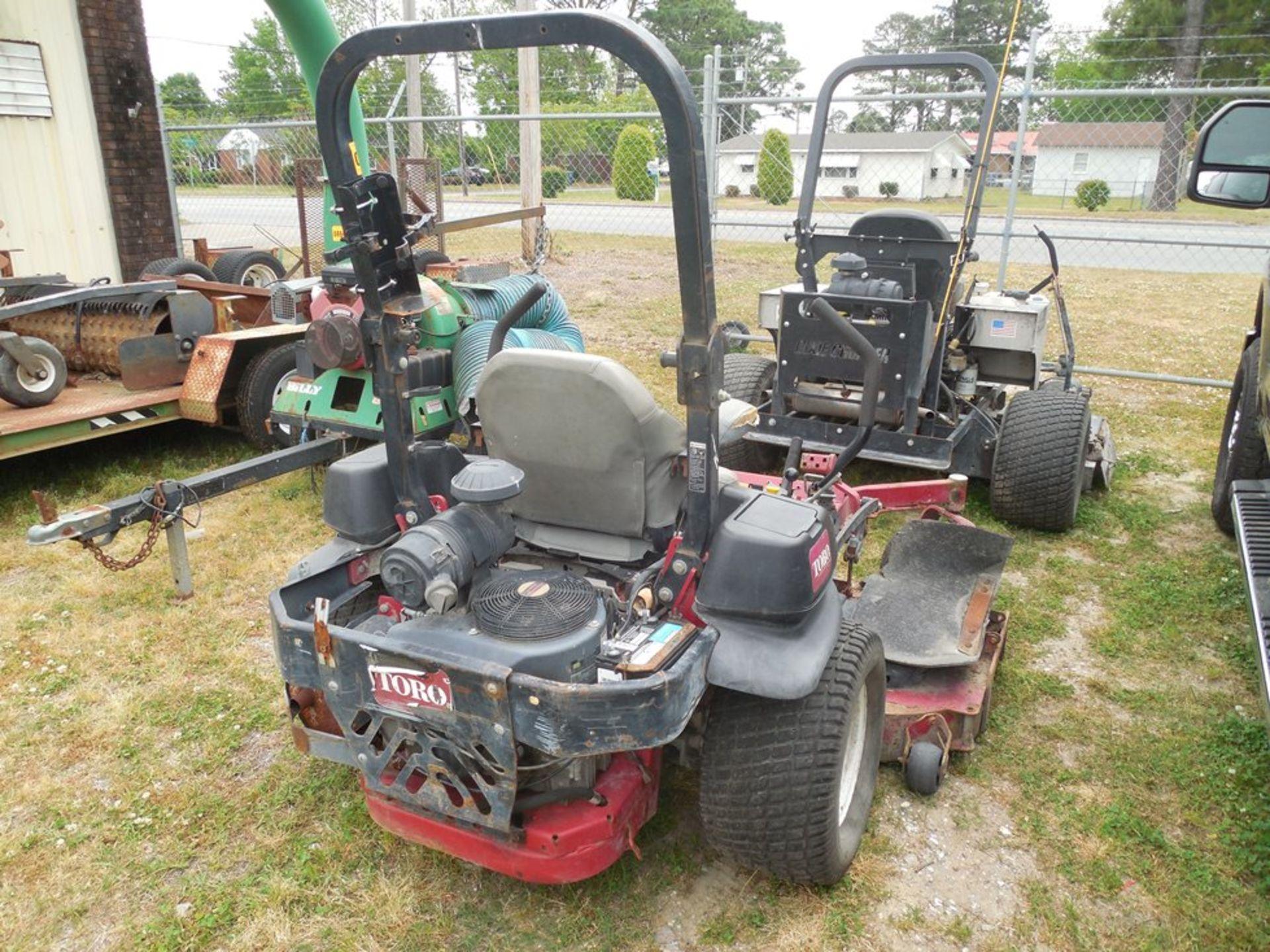 """Toro 72"""" zero-turn lawn mower Kawasaki engine - Image 3 of 4"""