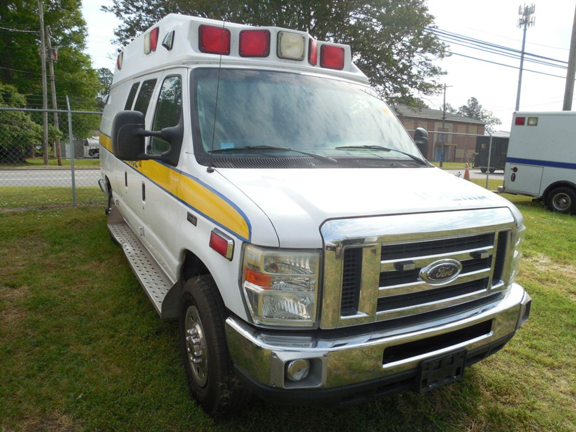 2010 Ford E350 Crusader Wheel Coach van ambulance 214,465 miles vin# 1FDSS3EP9ADA32493 - Image 3 of 6