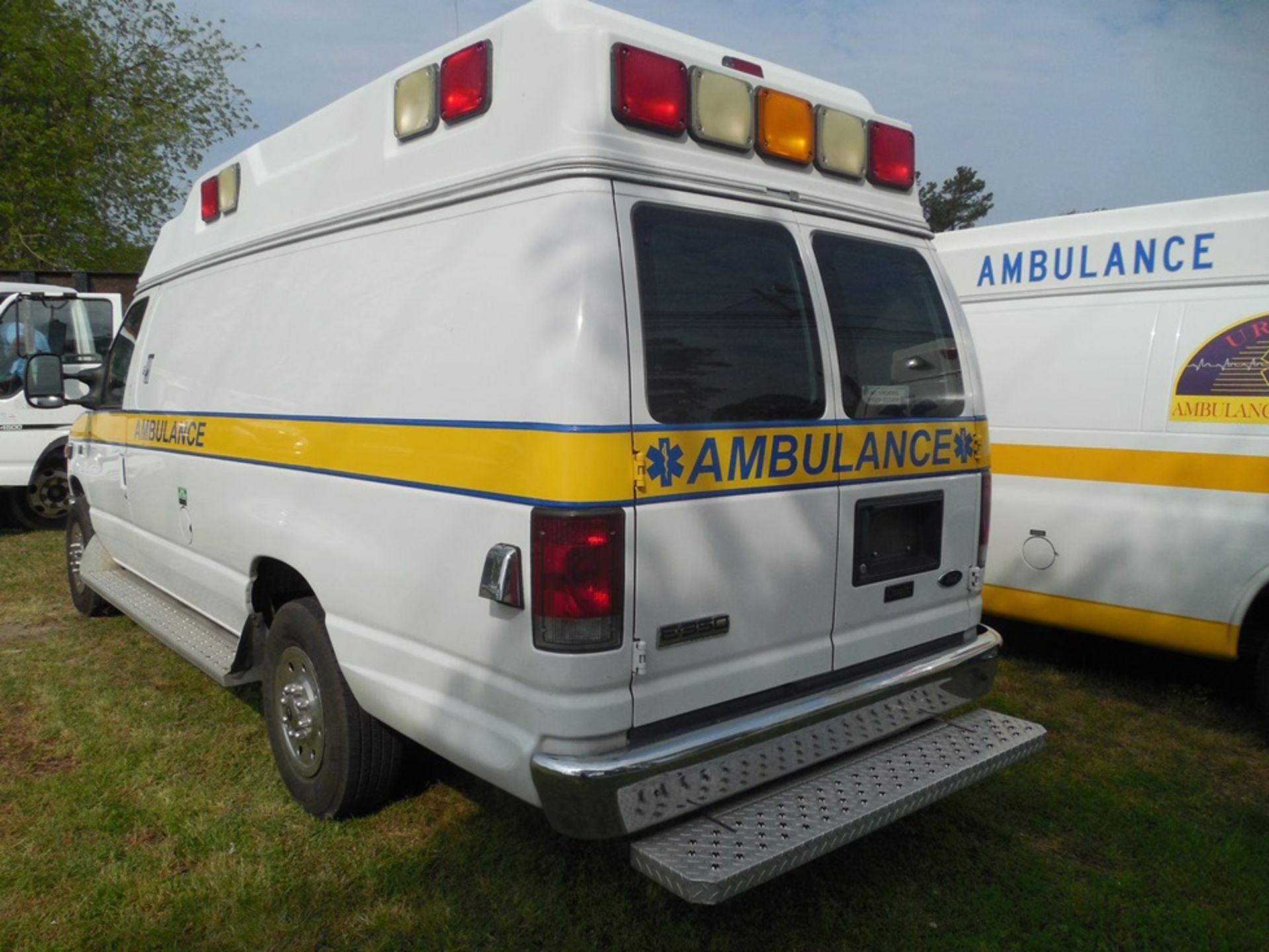 2010 Ford E350 Crusader Wheel Coach van ambulance 214,465 miles vin# 1FDSS3EP9ADA32493 - Image 5 of 6