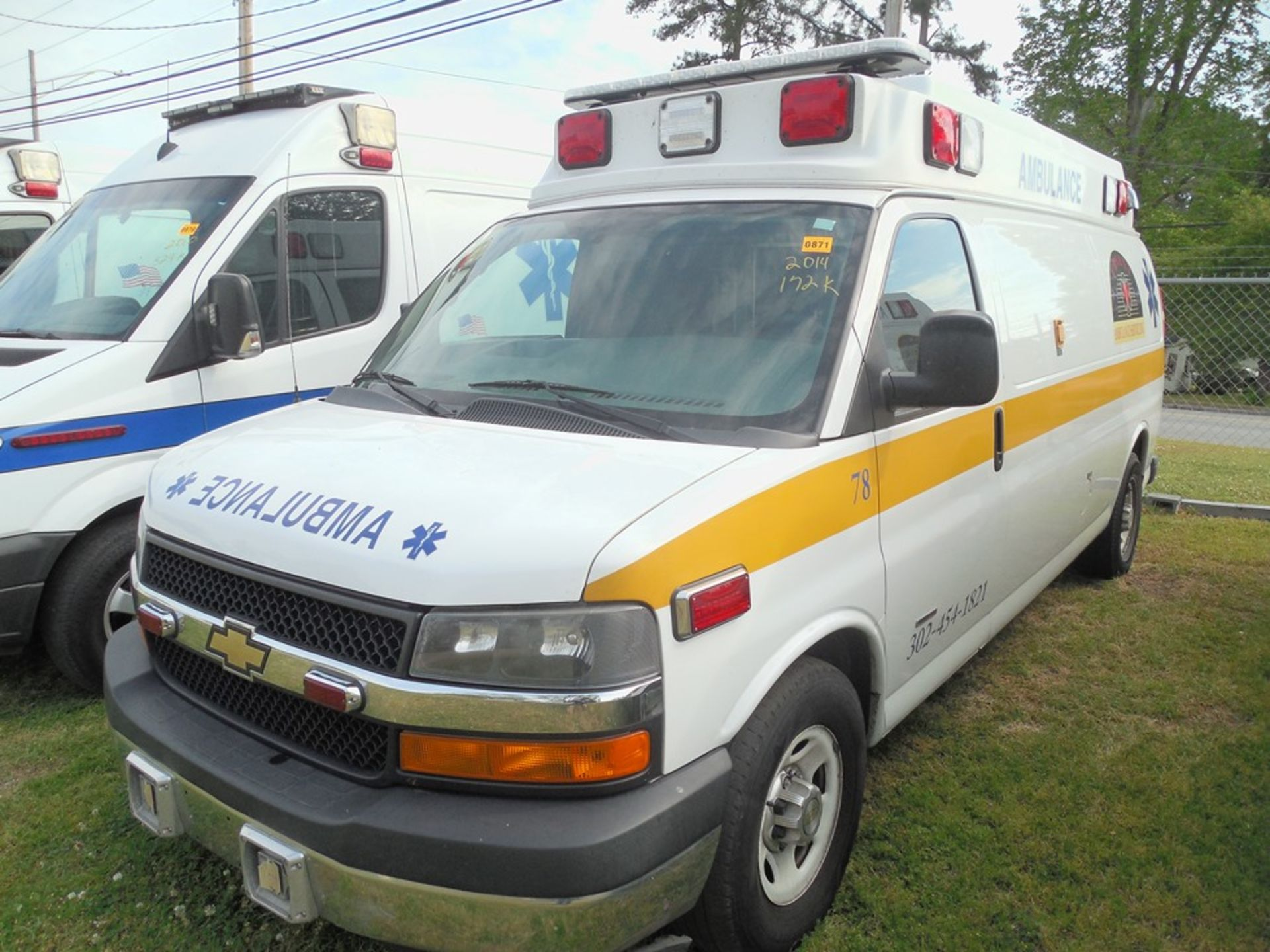 2014 Chev van ambulance dsl, 172,472 miles, vin# 1GBZGUC19E1162022 - Image 2 of 6