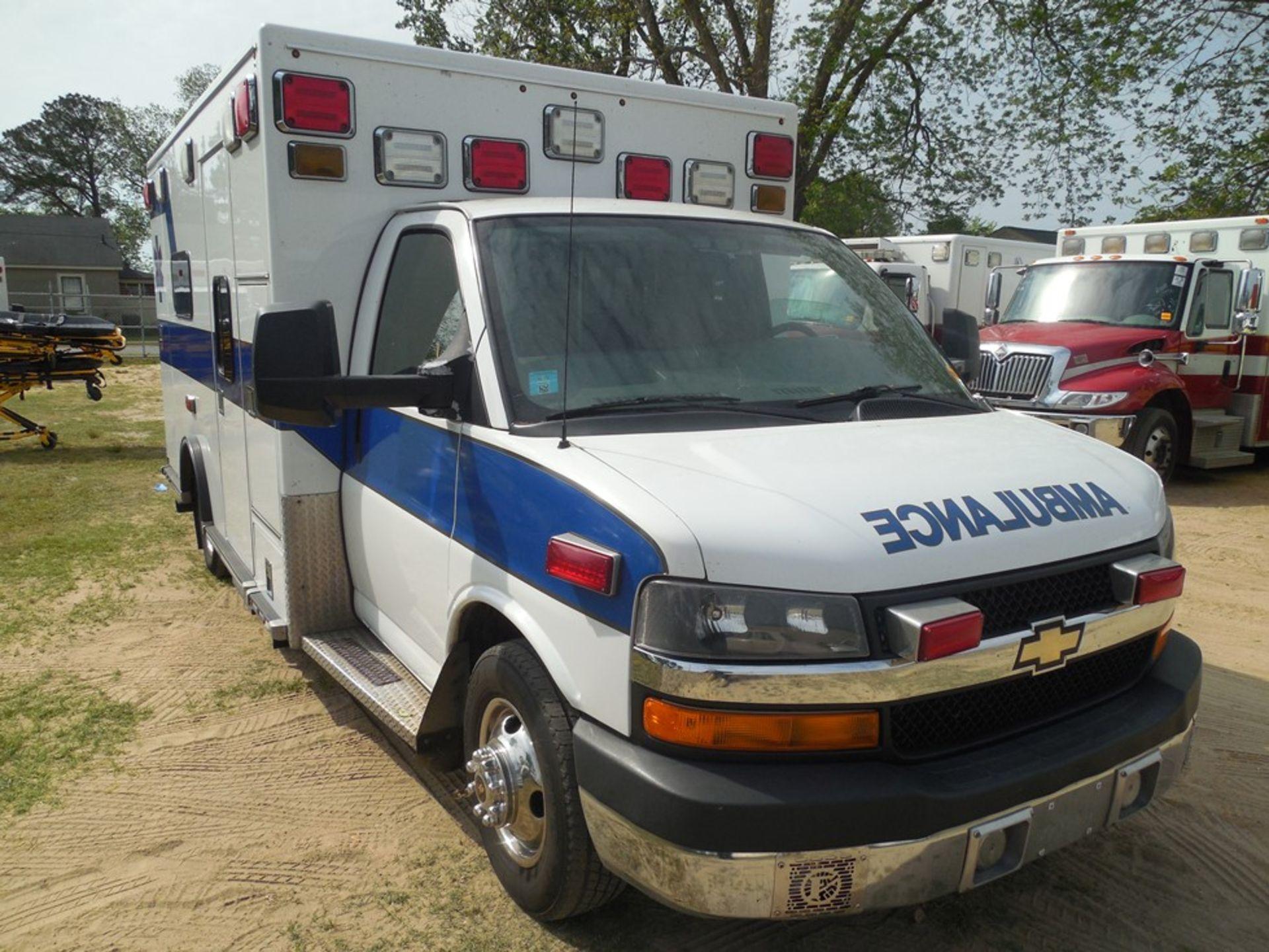 2009 Chev 4500 dsl, box ambulance 226,356 miles vin# 1GBKG316191158061 - Image 3 of 6
