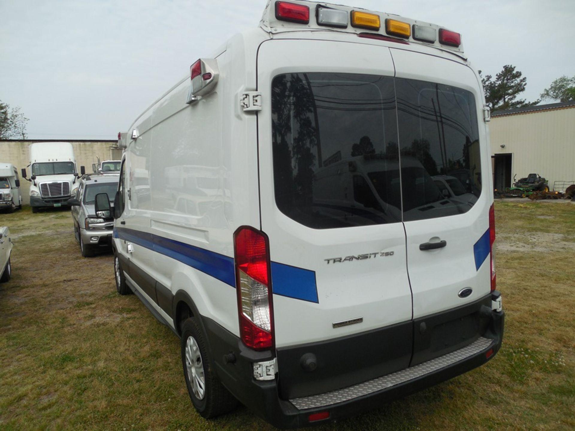 2017 Ford Tansit 250 dsl ambulance 178,503 miles vin# 1FDYR2CV2HKA57713 - Image 5 of 6