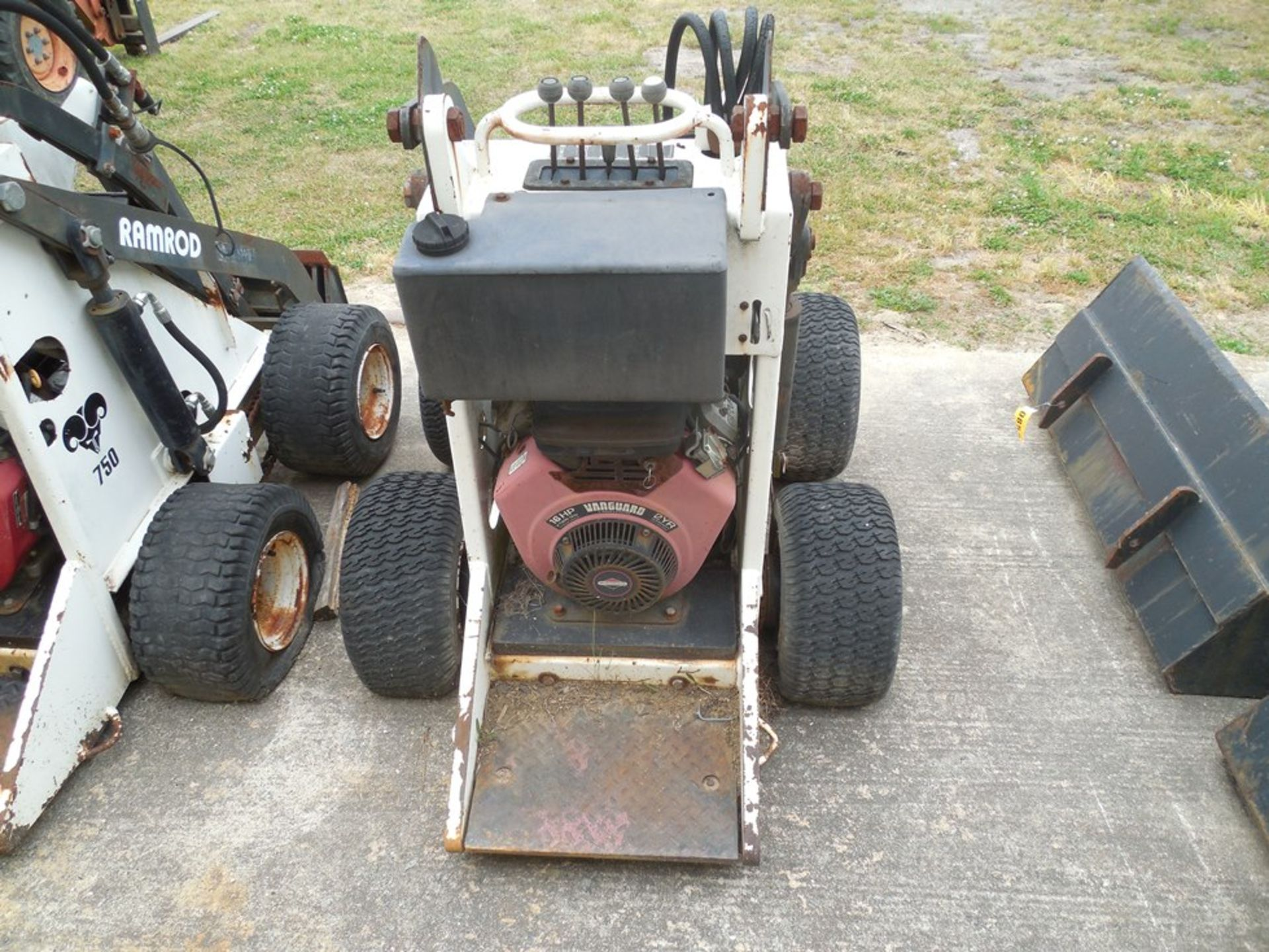Ram Rod Mini Skid loader model 750A NOT RUNNING - Image 2 of 2