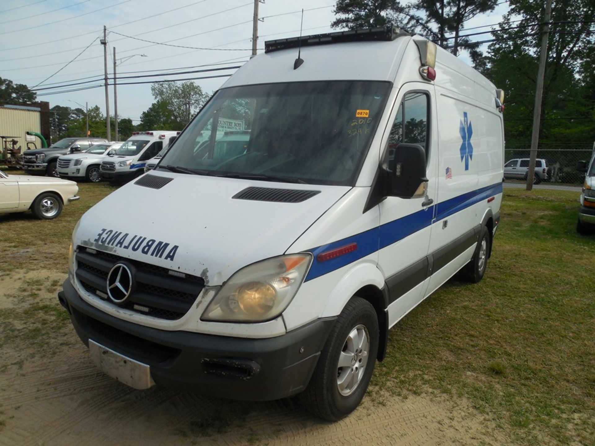 2010 Mercedes Sprinter dsl, ambulance 329,856 miles vin# WD3PE7CCXA5476270 - Image 2 of 6
