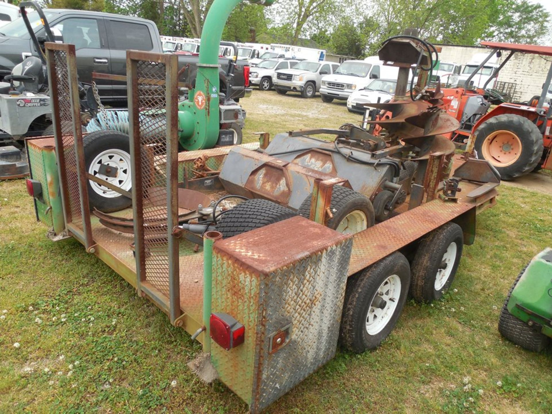 Power Trac PT-2425 Mini Skid Steer ser# 18928 with trailer, power rake, tree spade, front bucket, - Image 9 of 13