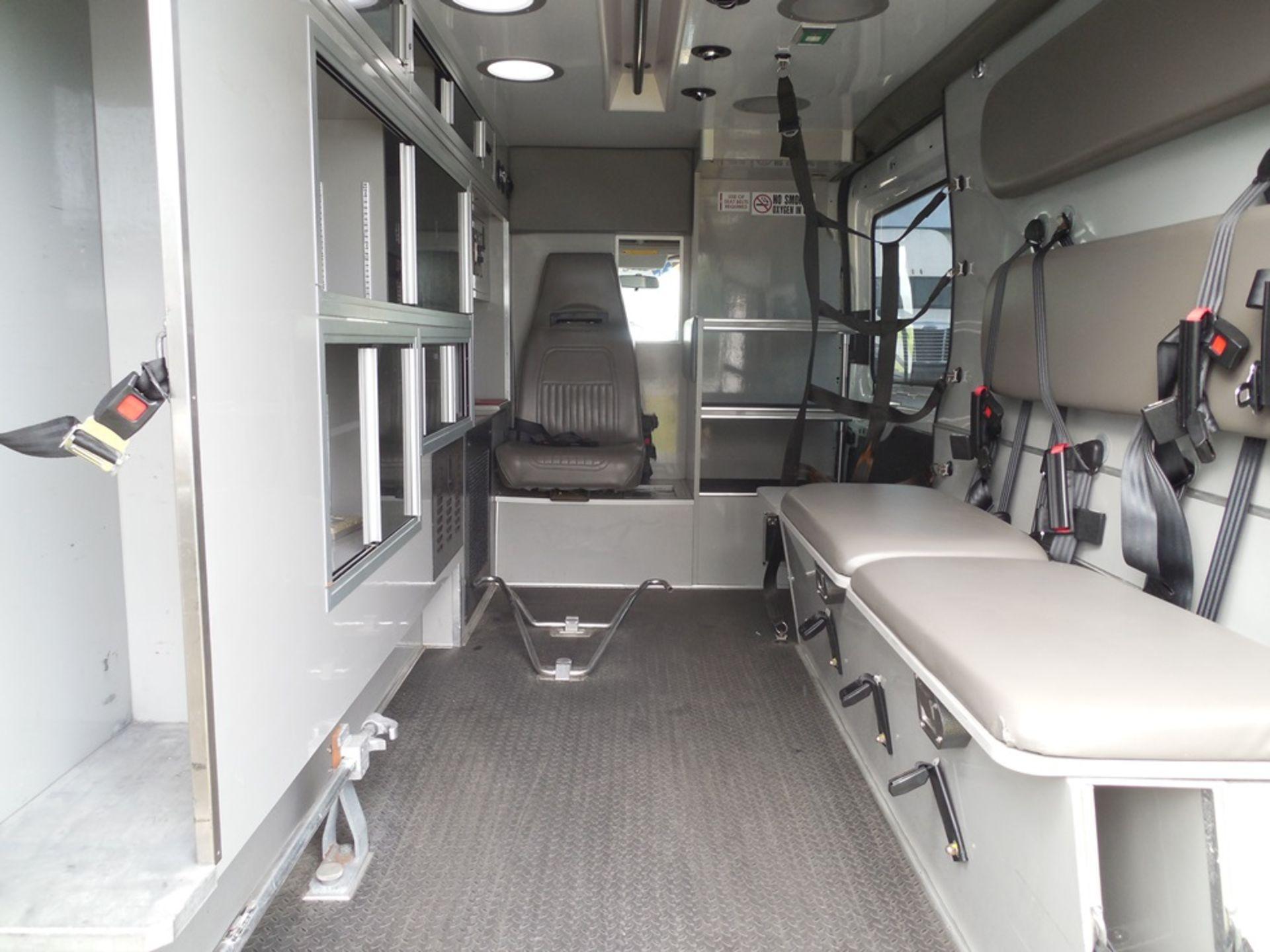 2015 Ford Tansit 250 dsl ambulance 194,312 miles vin# 1FDYR2CV5FKB33096 - Image 6 of 6