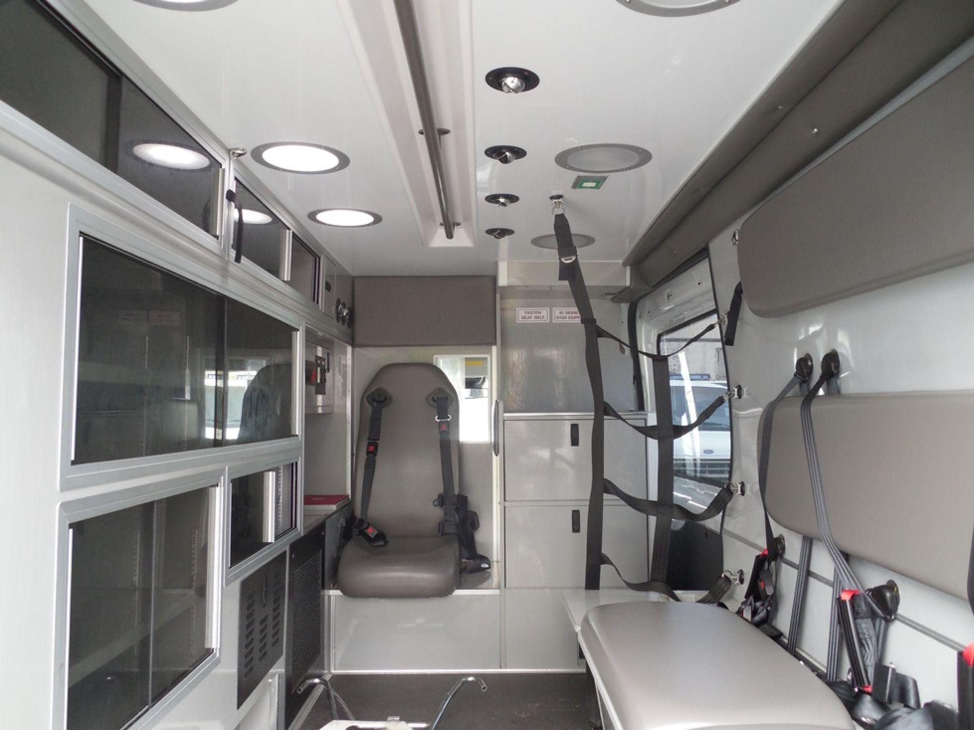 2017 Ford Tansit 250 dsl ambulance 165,029 miles vin# 1FDYR2CV0HKA57712 - Image 6 of 6