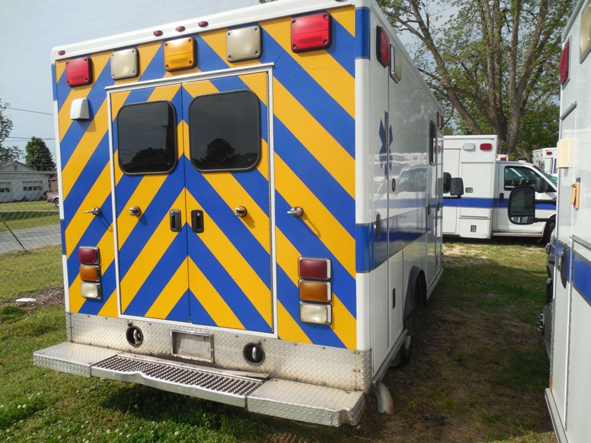 2010 Chev box van ambulance dsl, 250,597 miles, vin# 1GB9G5B65A1116120 - Image 4 of 6