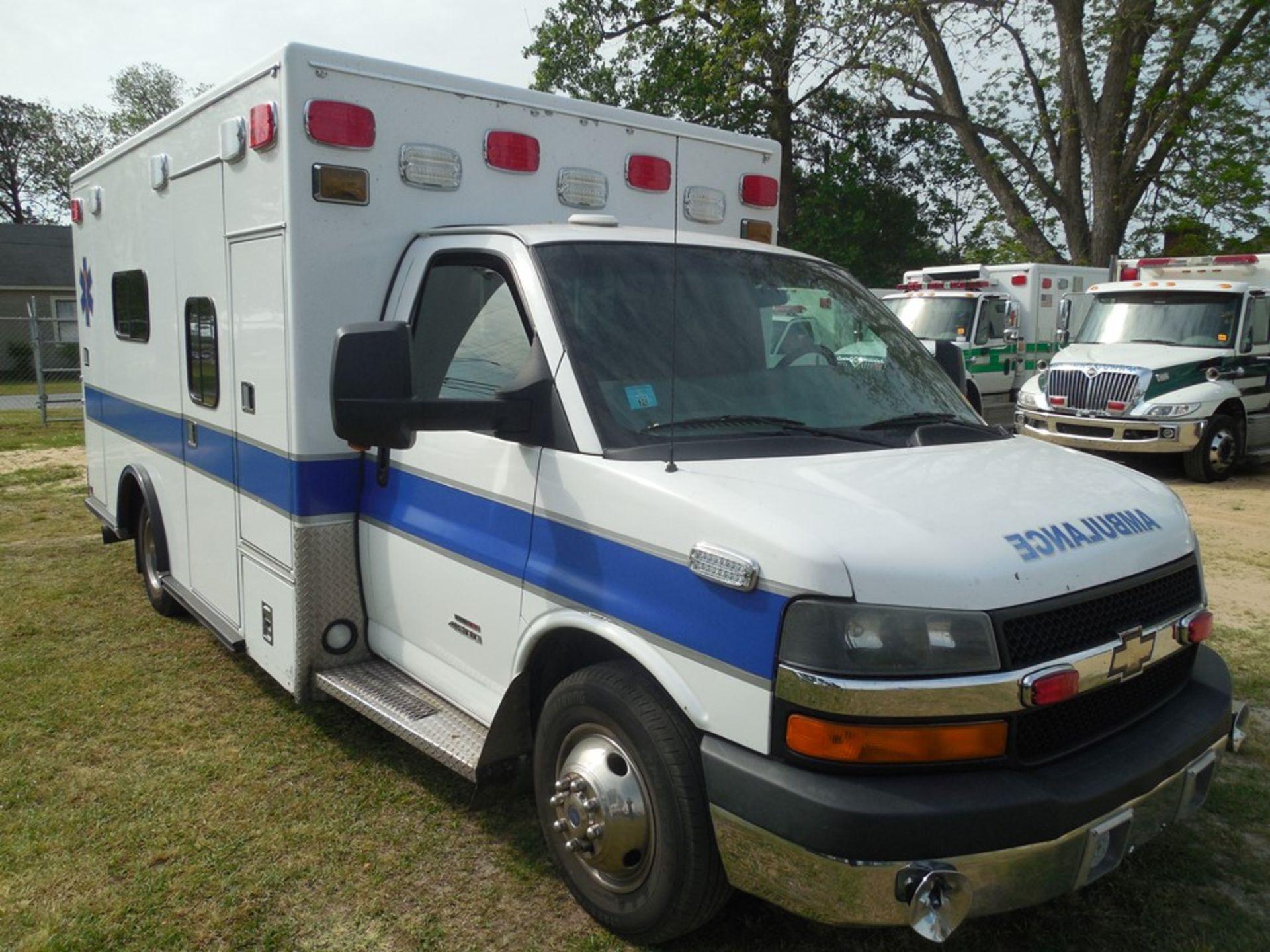 2010 Chev 4500 dsl box ambulance 258,589 miles, vin# 1GB9G5B6XA1132748 - Image 3 of 6