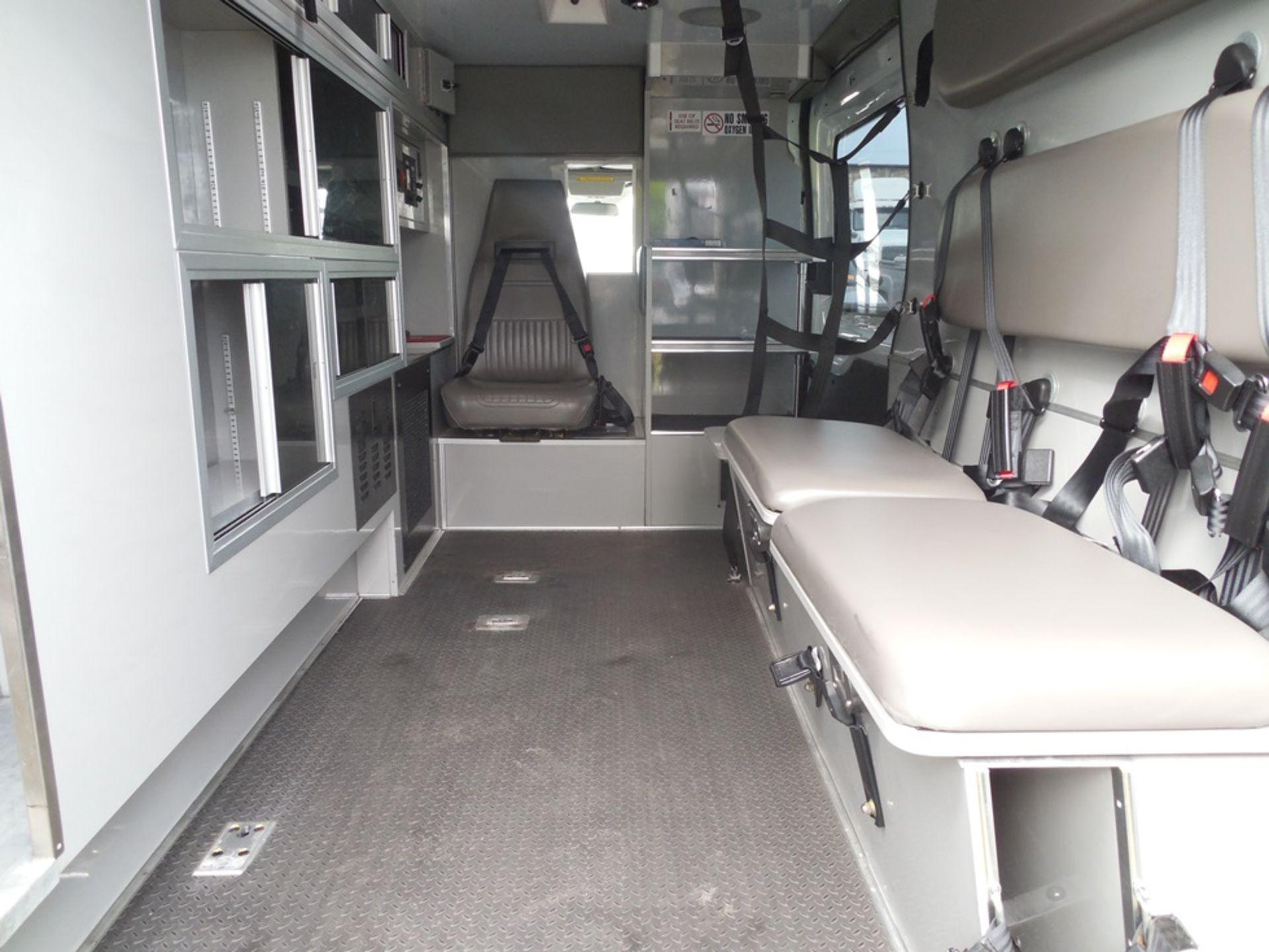 2015 Ford Tansit 250 dsl ambulance 98,714 miles vin# 1FDYR2CV4FKB33641 - Image 6 of 6