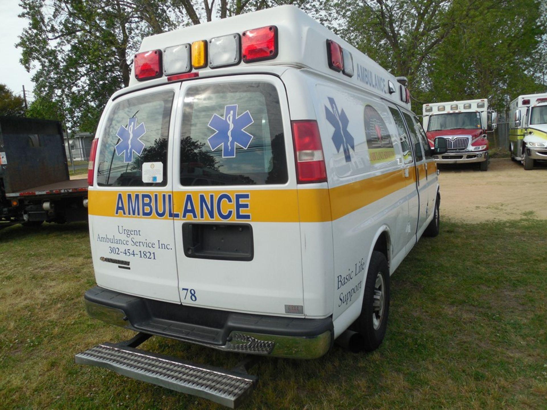 2014 Chev van ambulance dsl, 172,472 miles, vin# 1GBZGUC19E1162022 - Image 4 of 6