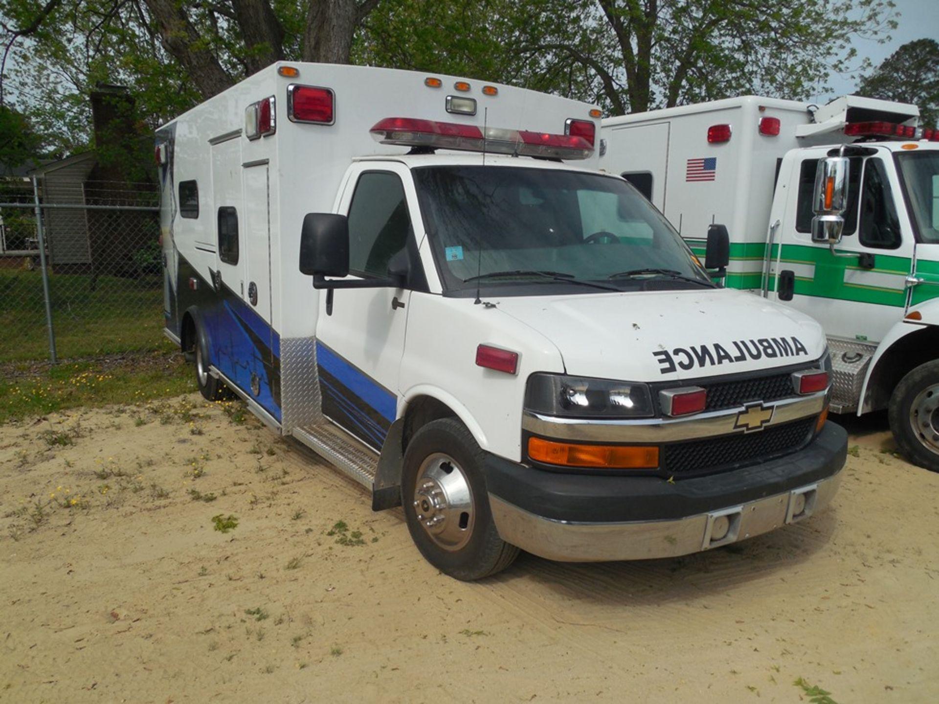 2011 Chev dsl. box ambulance Baun Body 202,680 miles vin# 1GB6G5CL5B1141656 - Image 3 of 6