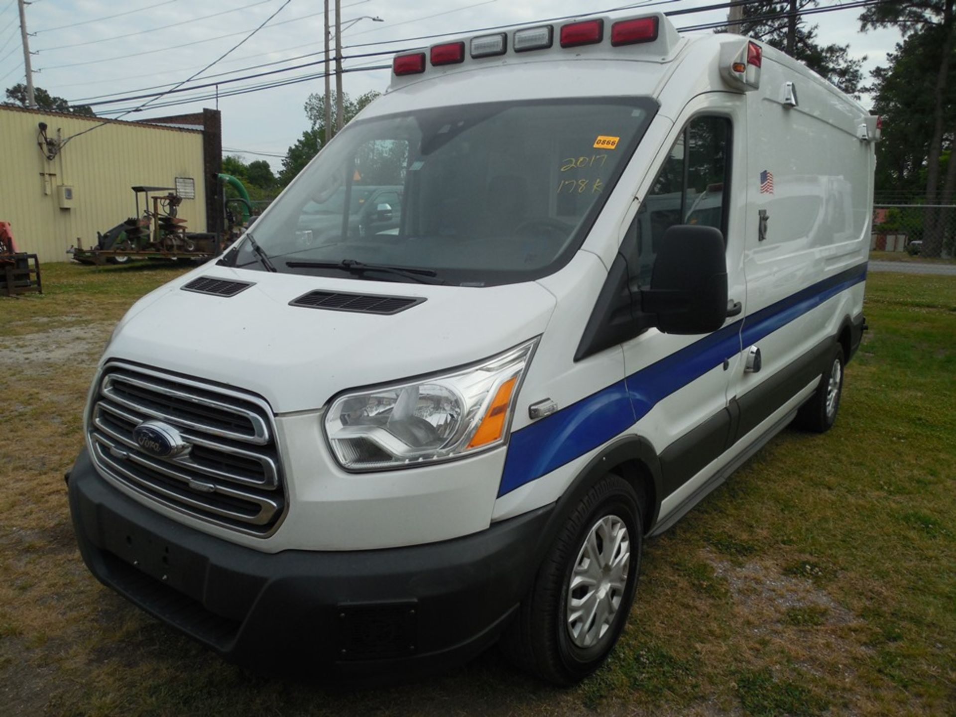 2017 Ford Tansit 250 dsl ambulance 178,503 miles vin# 1FDYR2CV2HKA57713 - Image 2 of 6