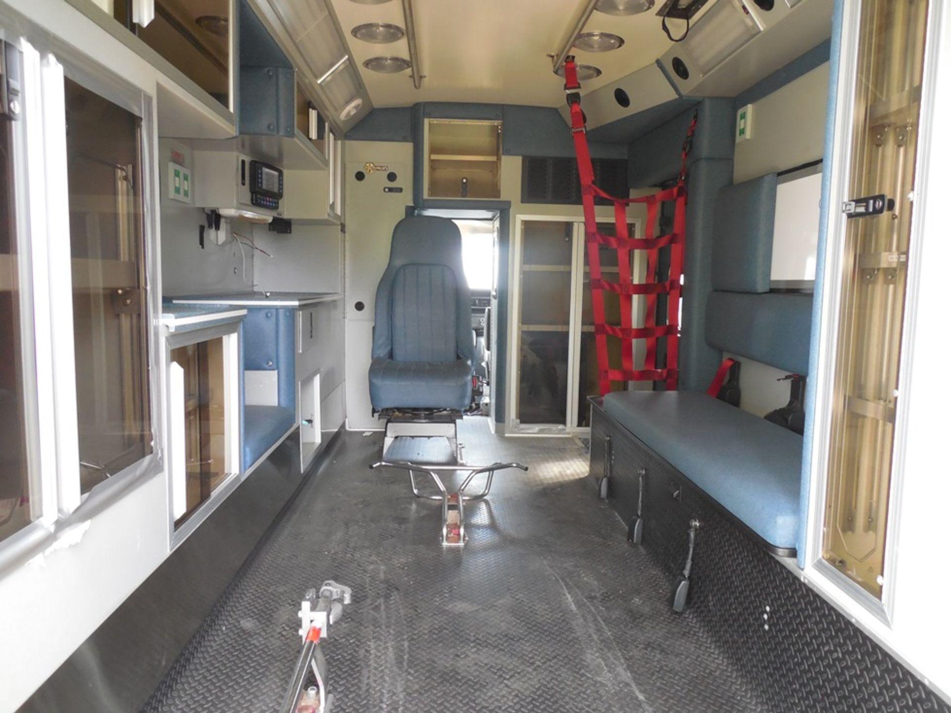 2011 Chev dsl. box ambulance Baun Body 202,680 miles vin# 1GB6G5CL5B1141656 - Image 6 of 6