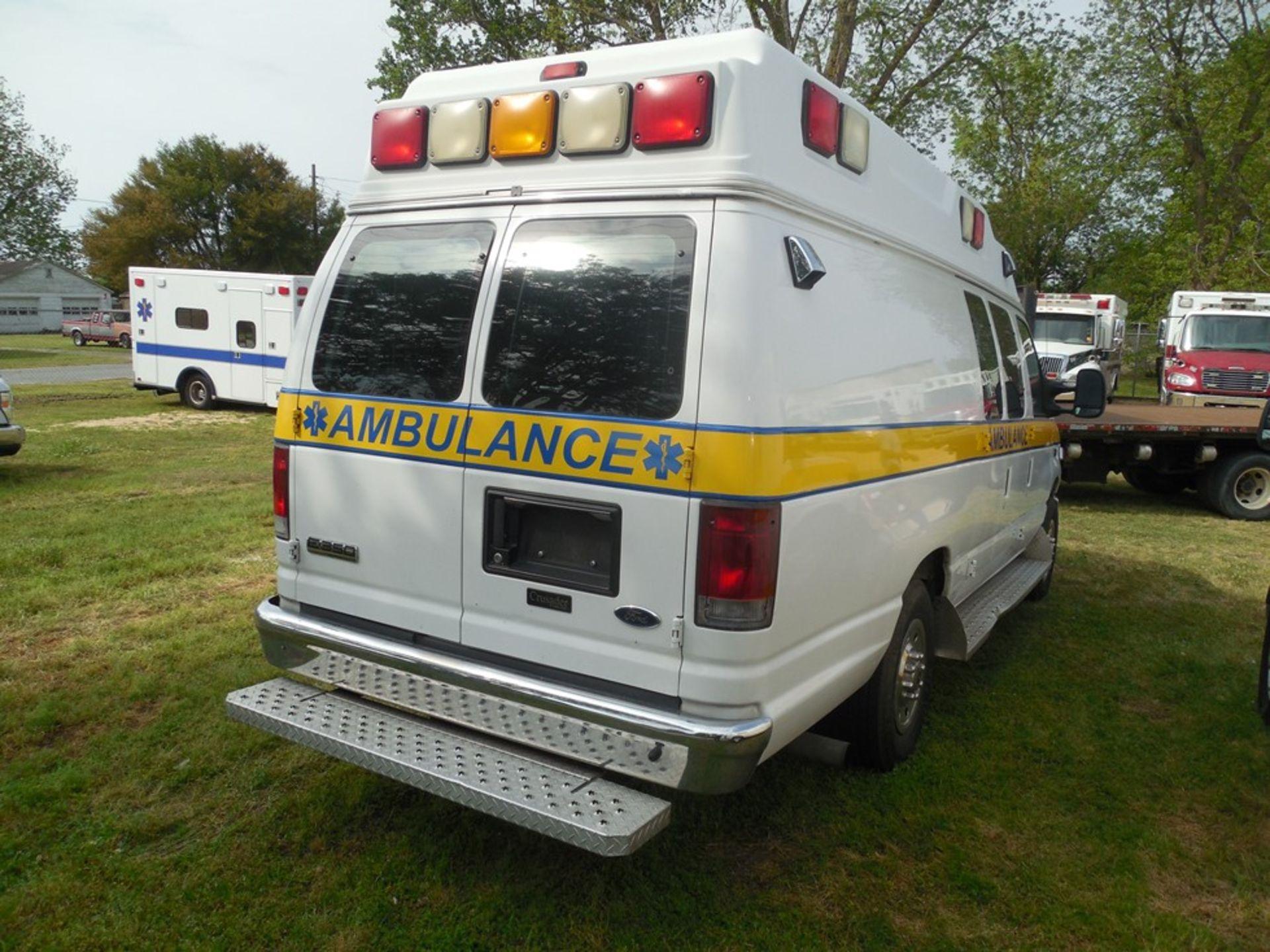 2010 Ford E350 Crusader Wheel Coach van ambulance 214,465 miles vin# 1FDSS3EP9ADA32493 - Image 4 of 6