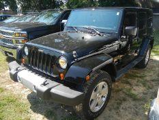 2012 JEEP Wrangler 4-door Unlimited Sahara 4x4, VIN 1C4HJWEG6CL172285 - 62,203 miles