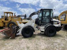 2015 Caterpillar 908 Wheel Loader