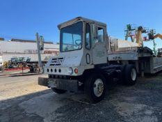 Capacity TJ4000E Jockey Truck- Located in Lester, PA
