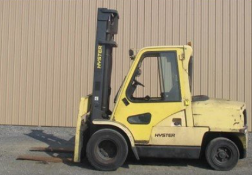 Hyster 11,000 lbs Forklfit
