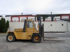Caterpillar V330B 33,000 lb Forklift