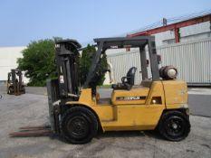 Caterpillar GP40K 8,000 lb Forklift
