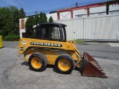 John Deere 240 Skid Steer Loader -Located in Lester, PA