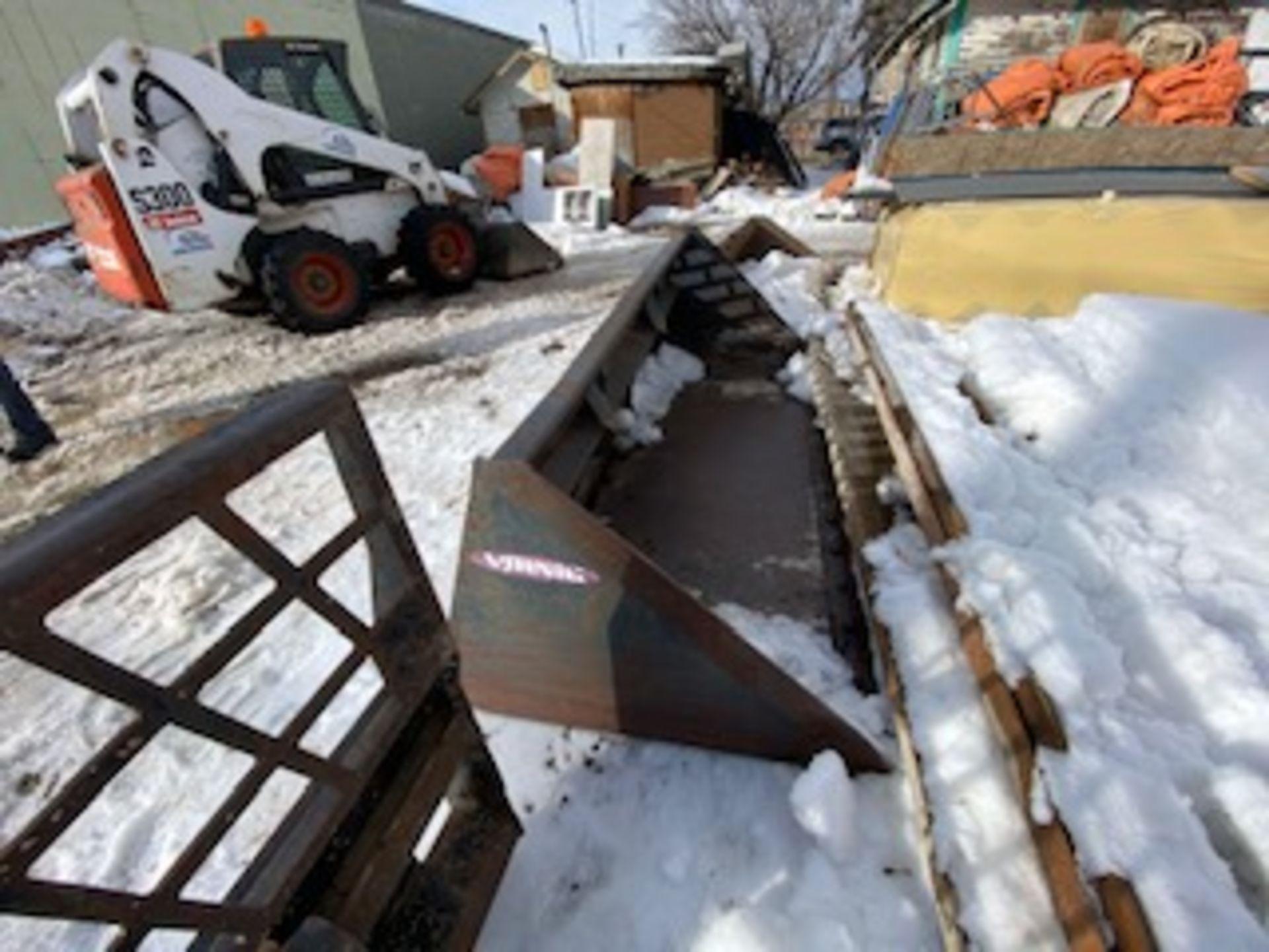 VERNIG 84IN SNOW BUCKET FOR SKIDSTEER - GP