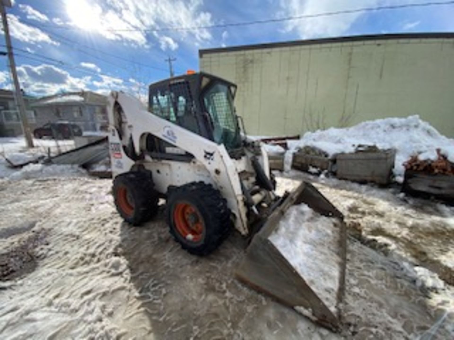 2008 BOBCAT S-300 SKIDSTEER LOADER, SMOOTH BUCKET, HYDRAULIC DETACH, 5135 HOURS, S/N 531140446 - GP