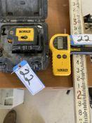L/O 2 PCS DEWALT DW0772 DIGITAL LASER DETECTOR & DEWALT DW085 5 BEAM LASER POINTER- TESTED