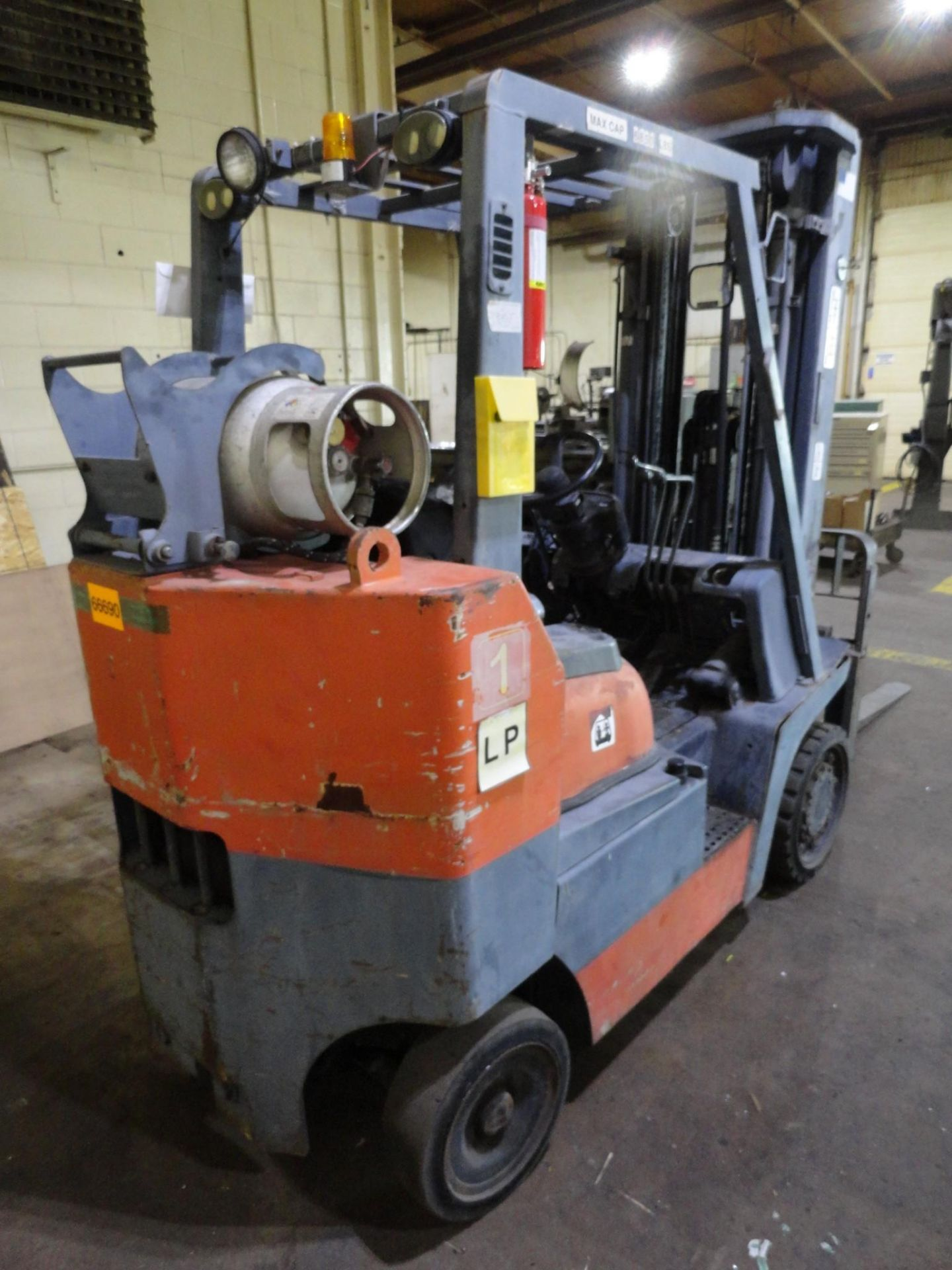 Toyota LP Forklift Truck Model 52-6FGCU35-BCS Serial 62181 6830 Lb Capacity 2-speed Forward and Reve - Image 4 of 18