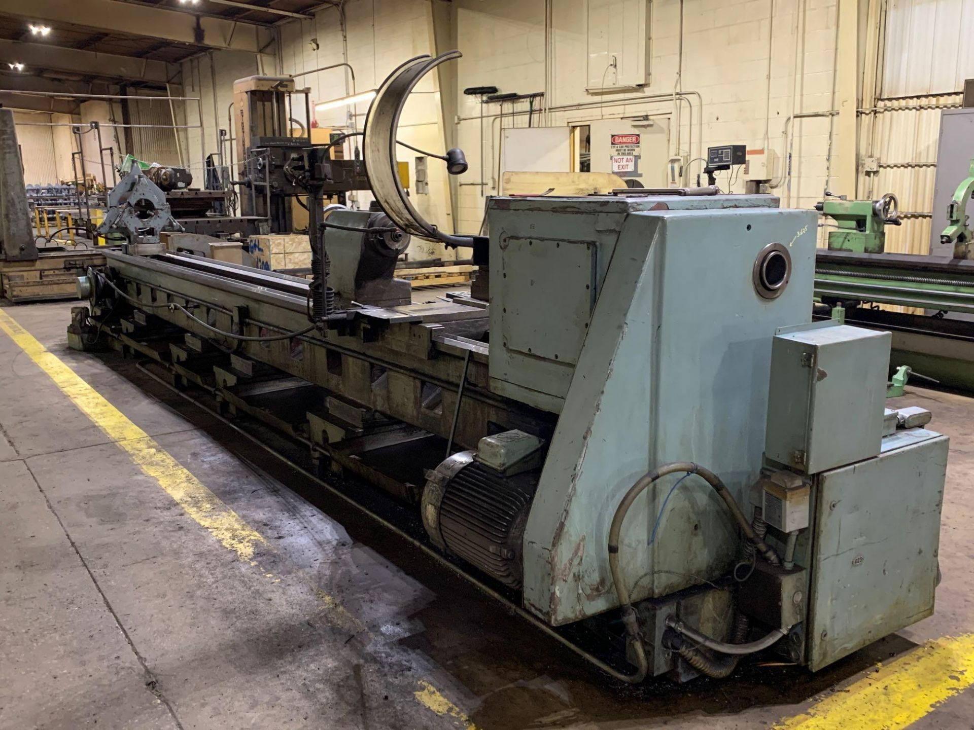 """Meuser Heavy Duty Gap Bed Engine Lathe Model: M IV S Serial Number: 45377 Rated Capacity:32""""/45"""" x - Image 6 of 35"""