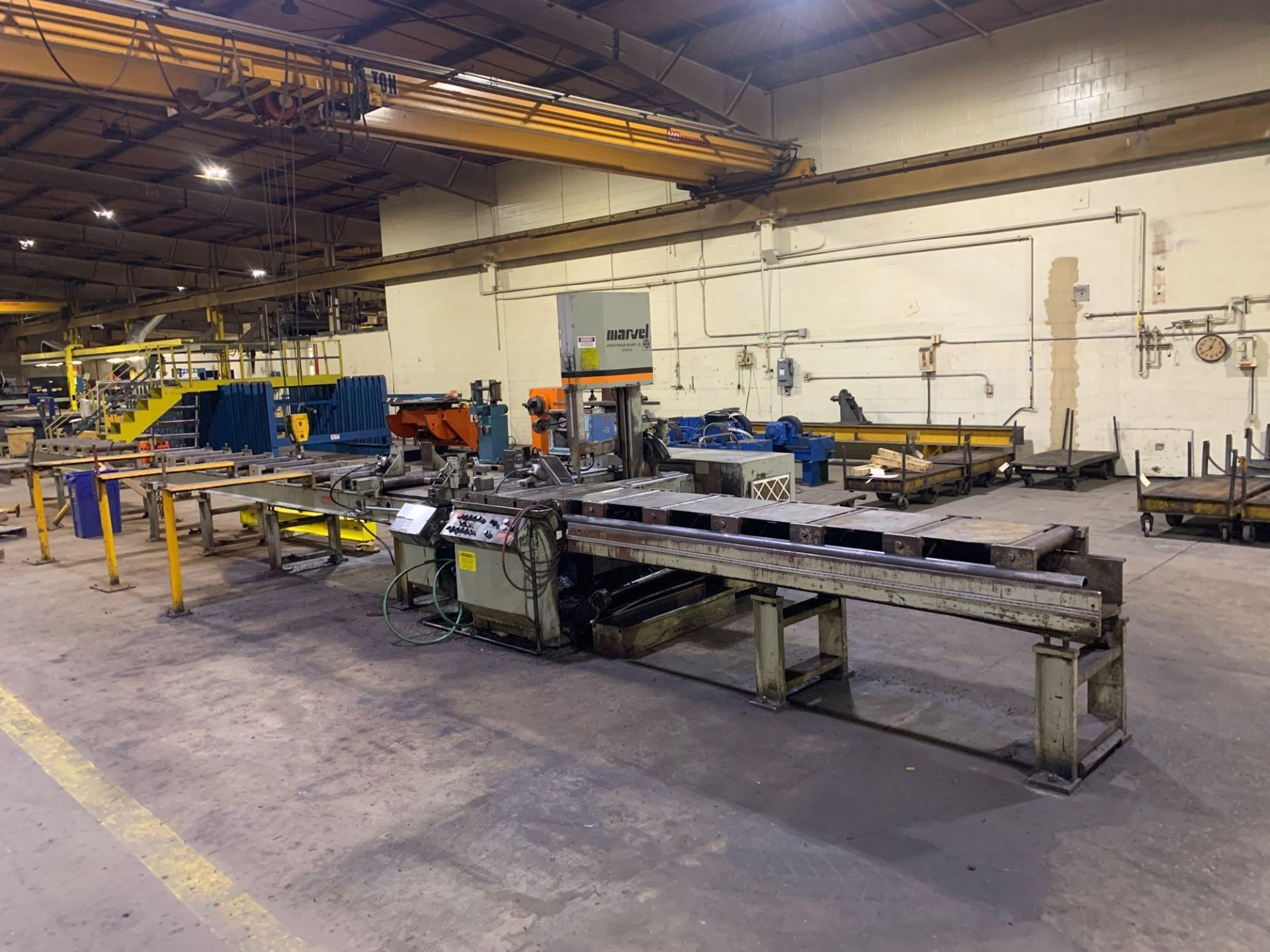 """Marvel Armstrong Blum Automatic Universal Band Saw Model 81A11PC Rated Capacity 18"""" x 20"""" Serial No. - Image 5 of 30"""