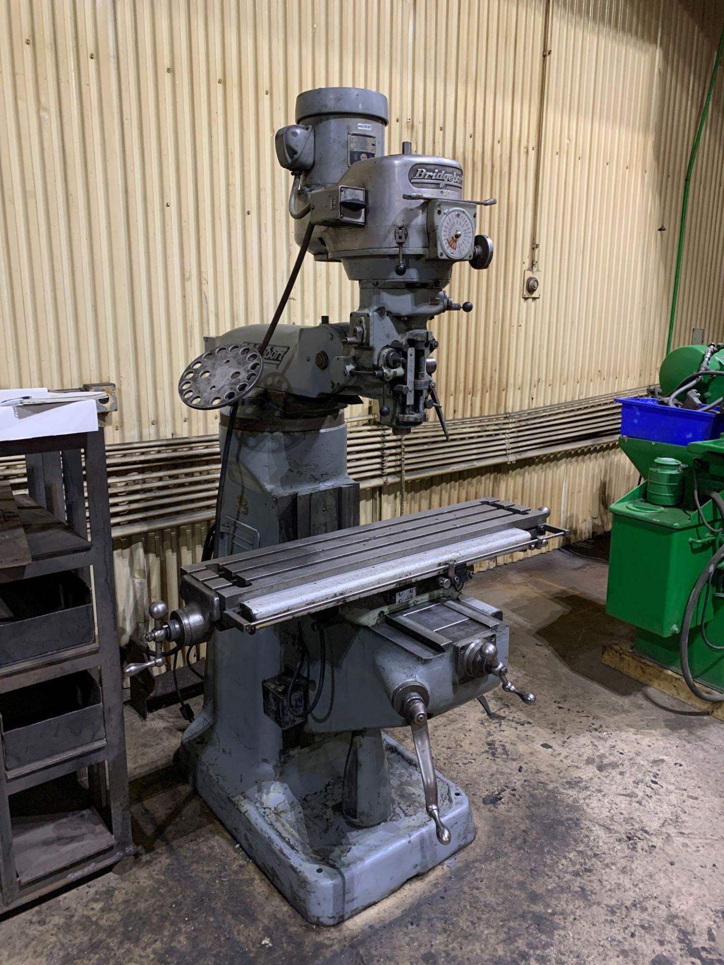 "Bridgeport 2J Vertical Milling Machine Variable Speed Head S/N 132833 CAPACITIES Table size: 9"" X 42 - Image 2 of 12"