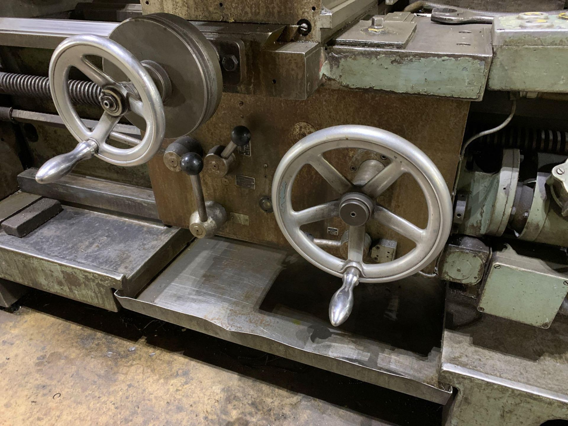 """Meuser Heavy Duty Gap Bed Engine Lathe Model: M IV S Serial Number: 45377 Rated Capacity:32""""/45"""" x - Image 21 of 35"""