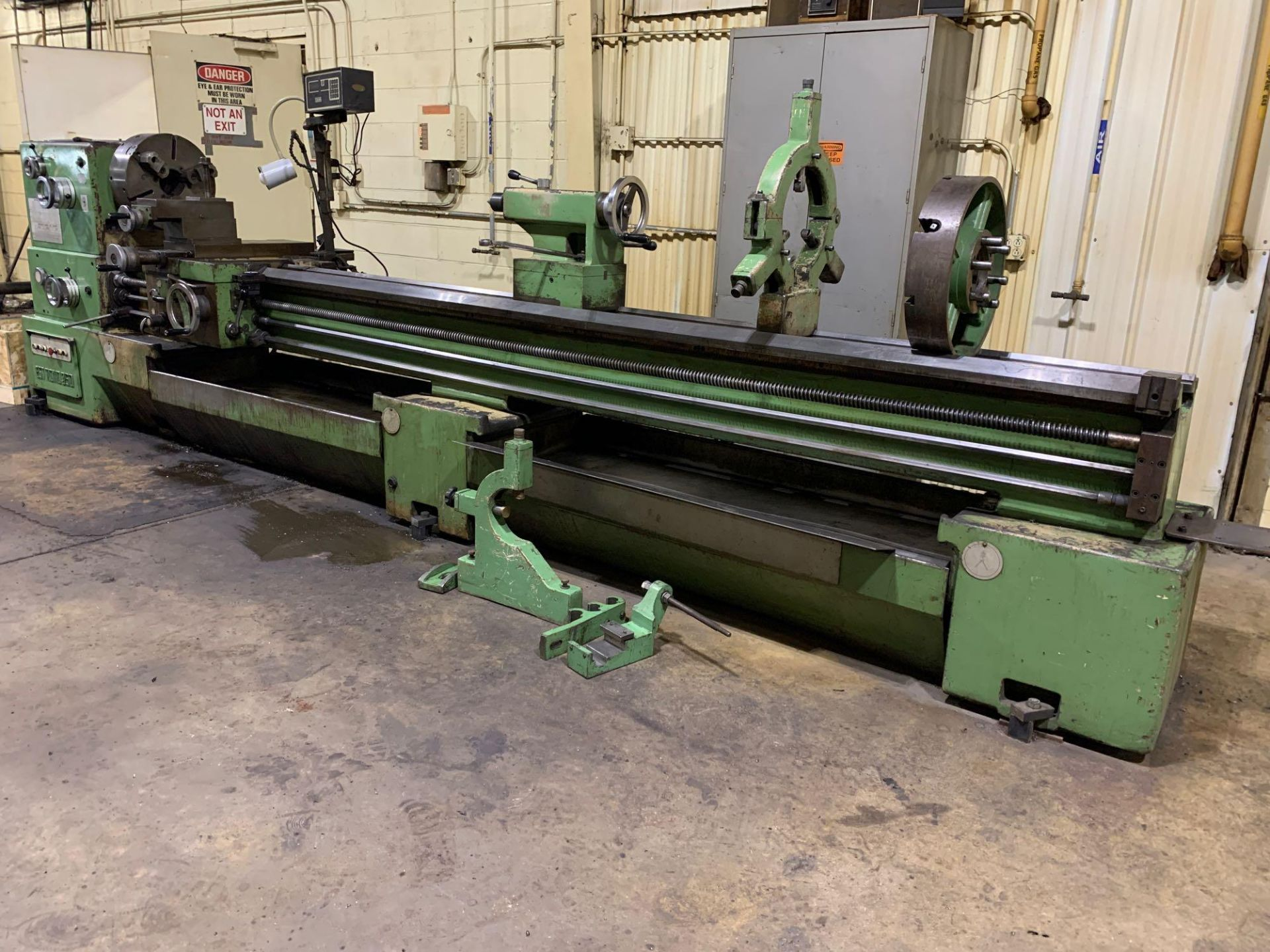 """Est Ticino Heavy Duty Gap Bed Engine Lathe Model: ETS-350 Serial Number: 1943 Rated Capacity: 27"""" x - Image 2 of 31"""