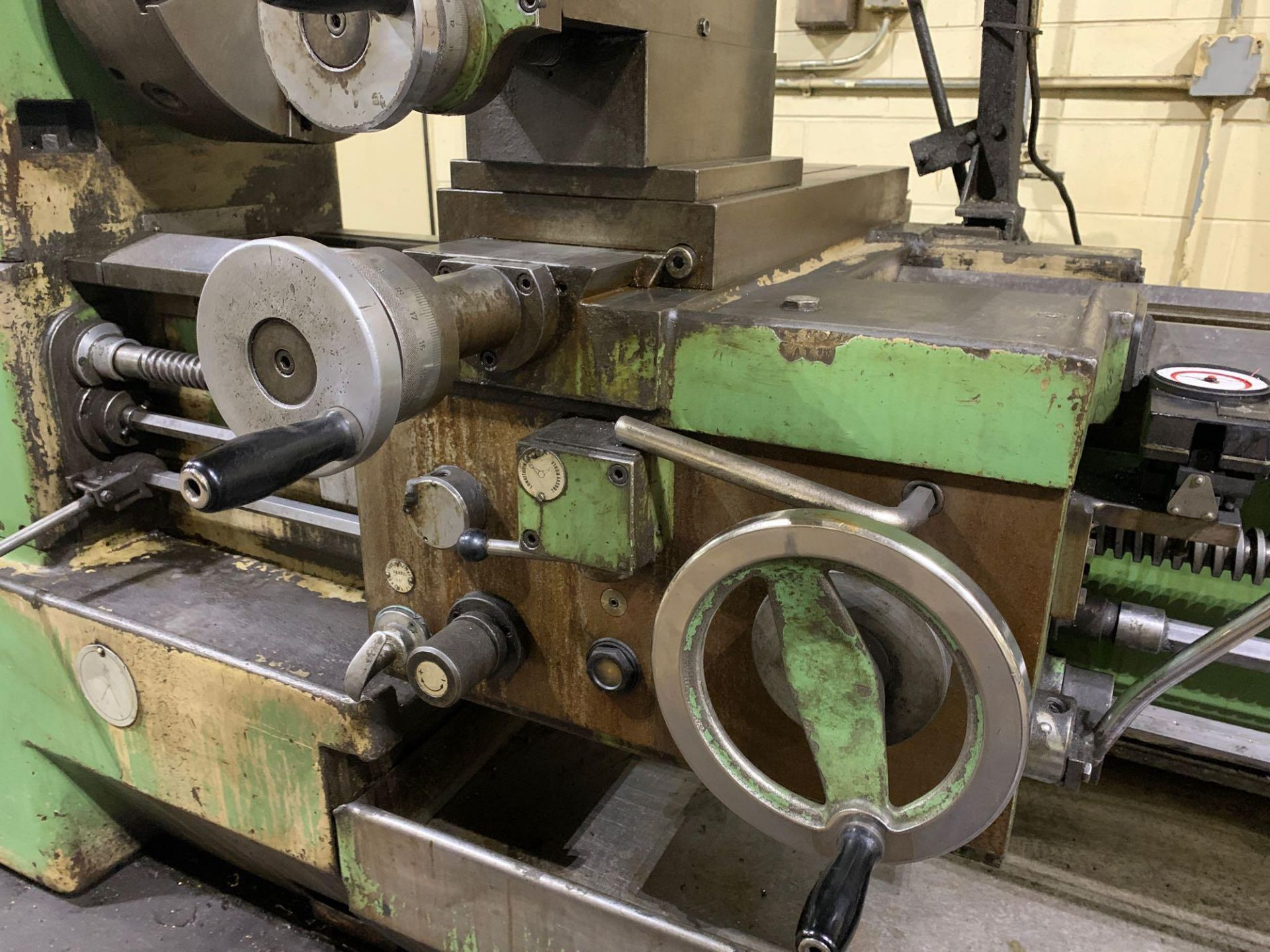 """Est Ticino Heavy Duty Gap Bed Engine Lathe Model: ETS-350 Serial Number: 1943 Rated Capacity: 27"""" x - Image 15 of 31"""