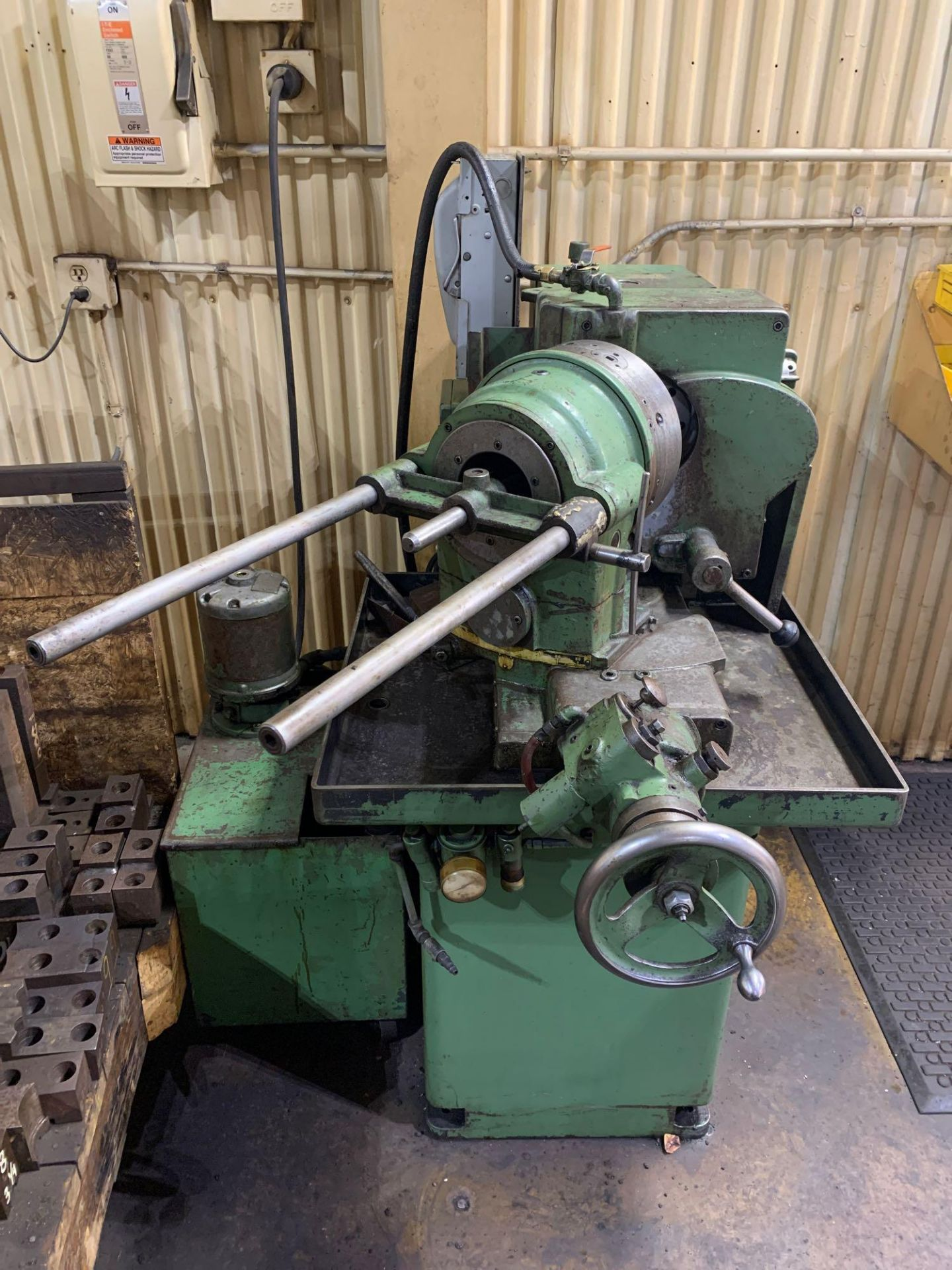 """Oliver Drill Grinder With Air Infeed Model: 600 Serial Number: 66890 Rated Capacity 1/2"""" to 3"""" Will - Image 3 of 12"""