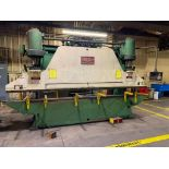 Chicago Dries & Krump Hydraulic Press Brake With: Hurco Autobend 7 Backgauge Control 200 Ton x 16' M