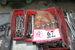 Various Sized Open End & Boxed End Wrenches - Combination Wrench Sets
