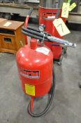 Clarke Model SB9008, 10-Gallon Capacity Portable Abrasive Blaster