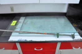 Lot-Various Counter Glass