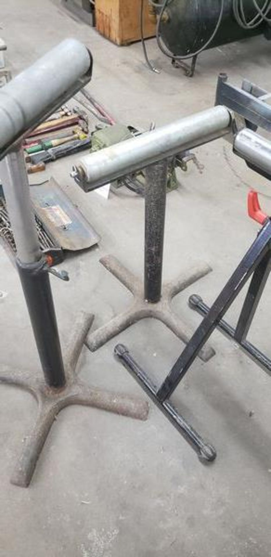 ROLLER STANDS - Image 3 of 4