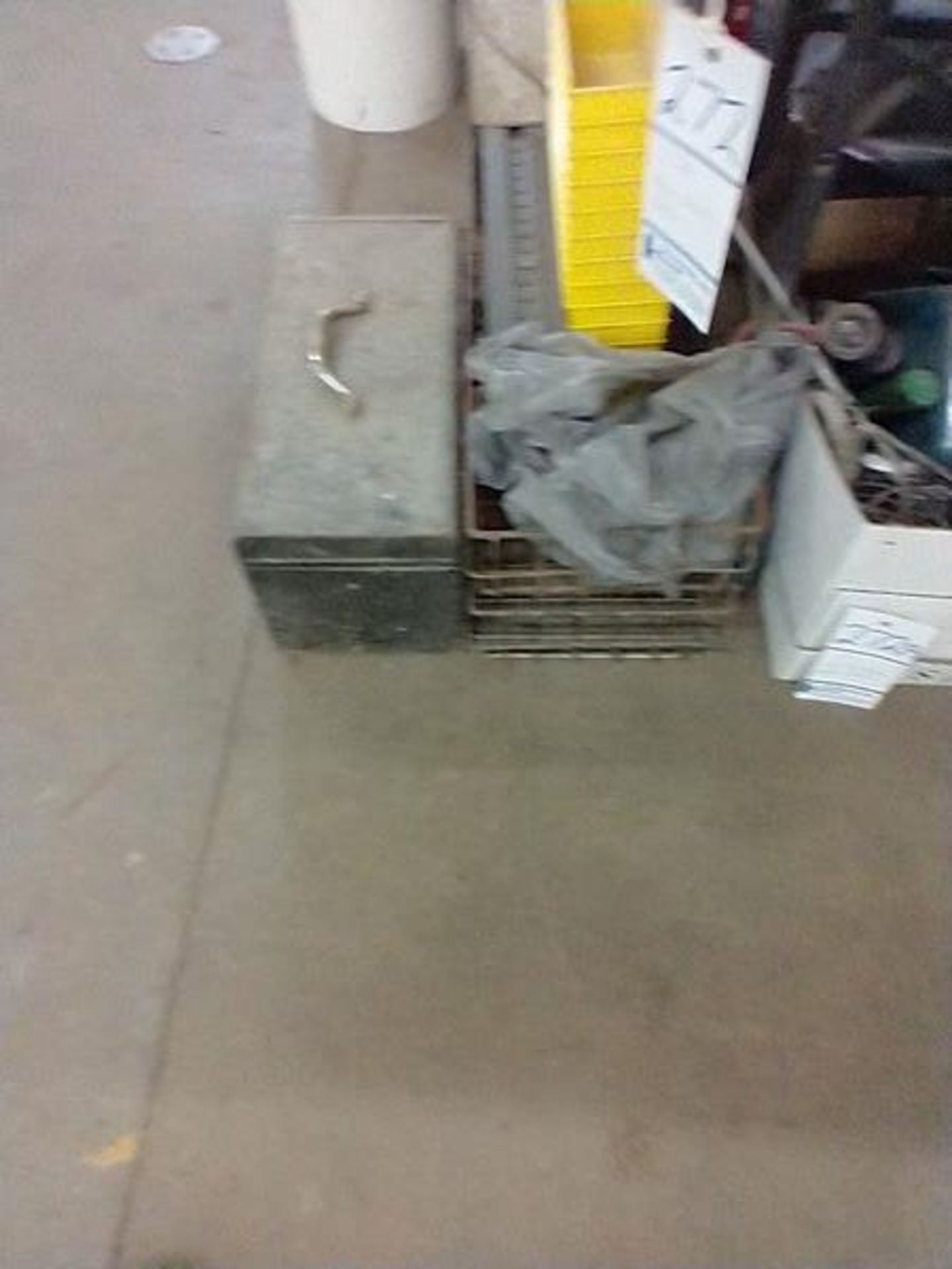 LOT OF MISC UNDER TABLE - Image 3 of 9