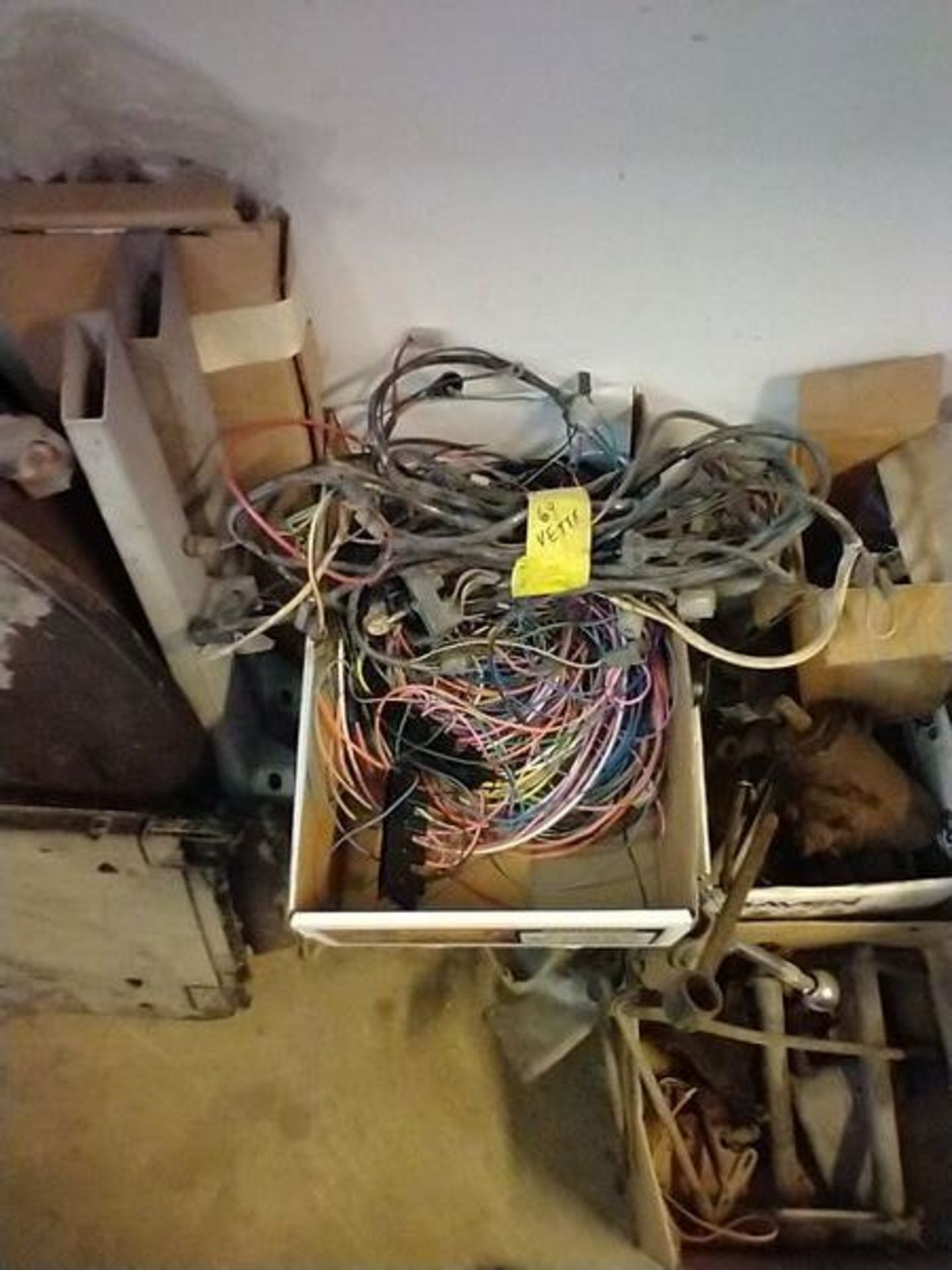LOT OF ASSORTED CAR PARTS ON 2 SHELVES AND FLOOR - Image 18 of 23