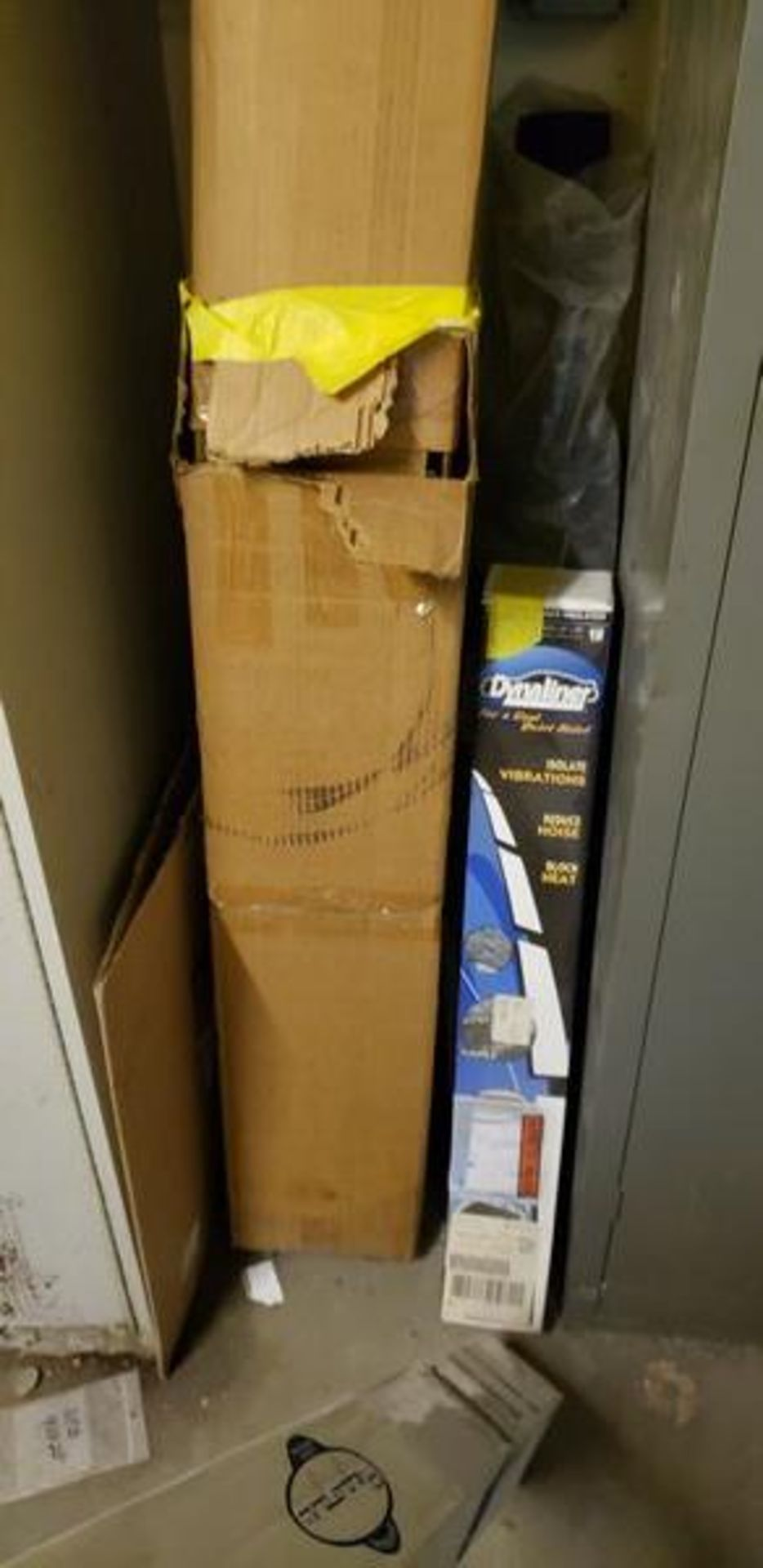 LOT OF MISC FABRIC AND INSULATION ON TOP ANDNEXT TO CABINET - Image 3 of 5