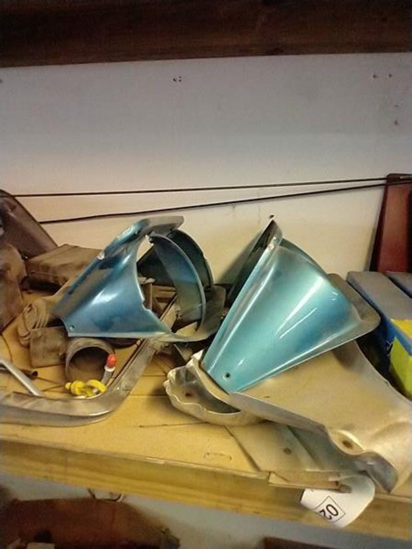 LOT OF ASSORTED CAR PARTS ON 2 SHELVES AND FLOOR - Image 13 of 23