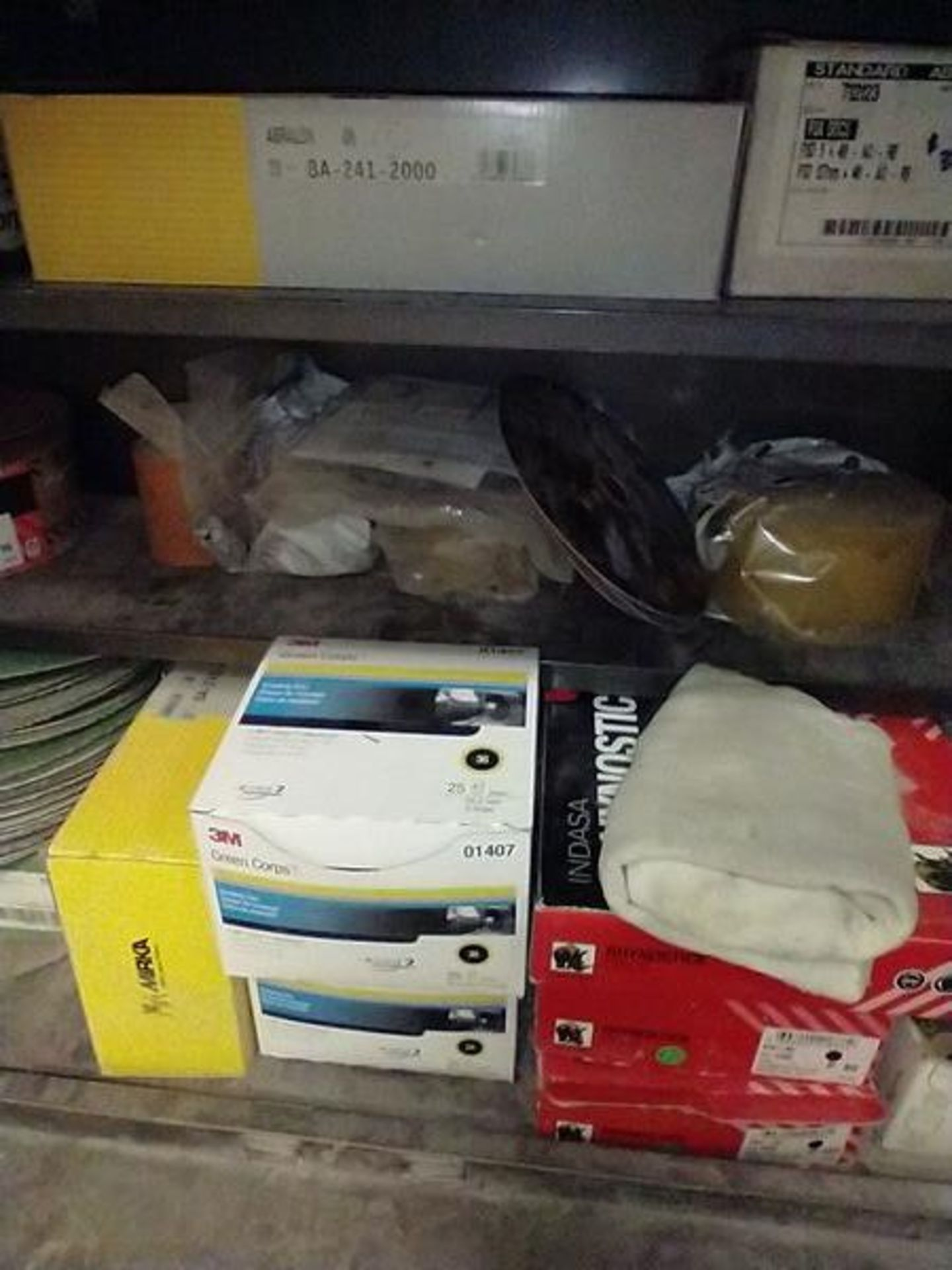 LOT OF ABRASIVE SHEETS, DISCS AND SANDING BLOCKS ON AND INSIDE CABINET (CABINET SOLD SEPARATELY) - Image 4 of 7