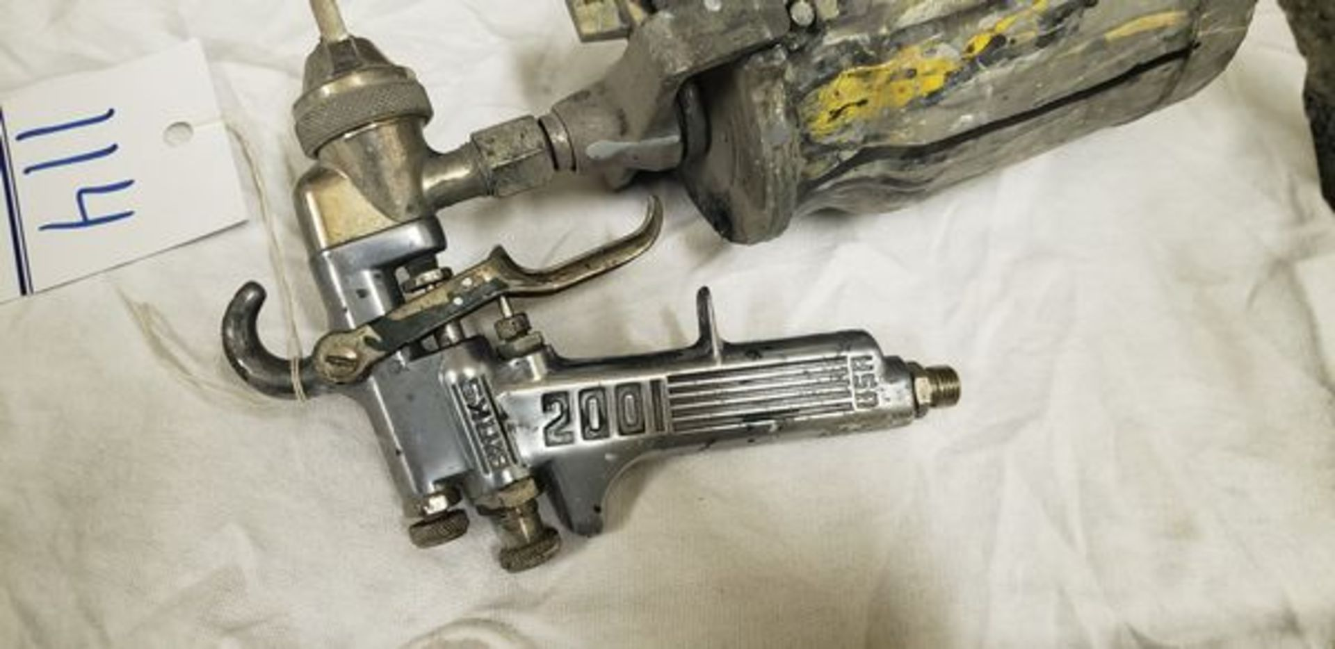 BINKS 2001 SPRAY GUN - Image 4 of 4