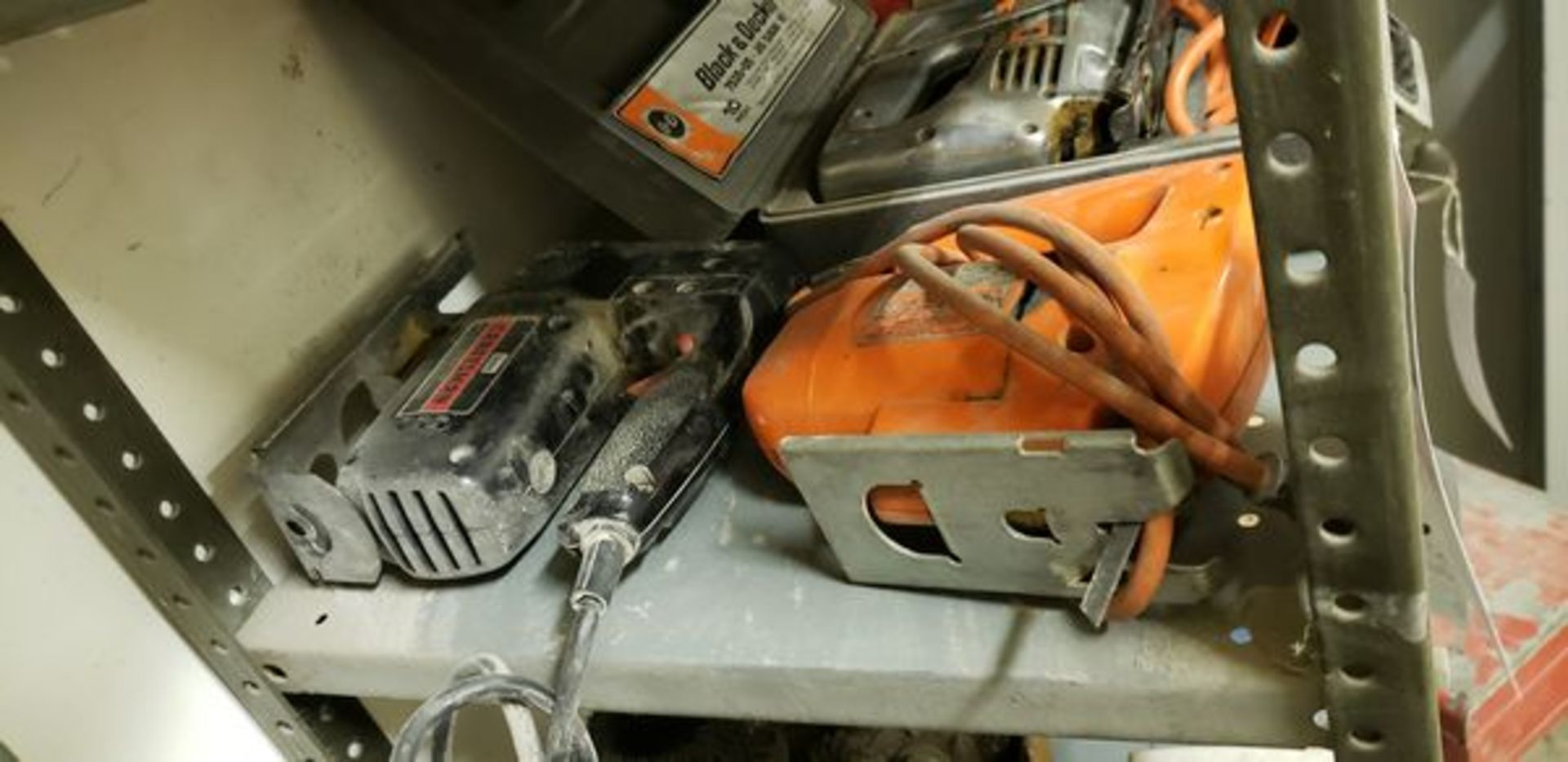 ASSORTED POWER TOOLS - 3 JIG SAWS AND 7.5 CIRCULAR SAW - Image 2 of 4