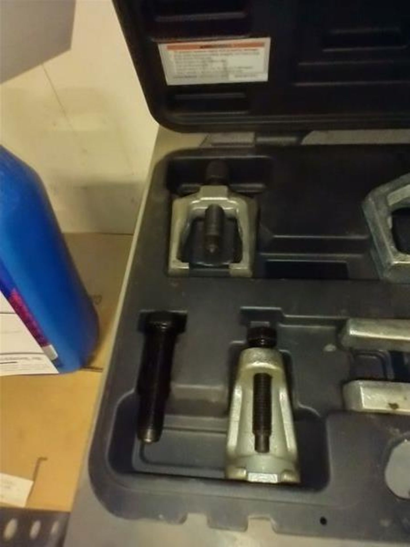 PITTSBURGH 5PC FRONT END SERVICE TOOL SET - Image 2 of 6
